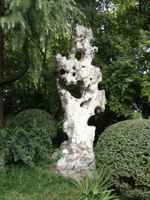 Fuxin statue